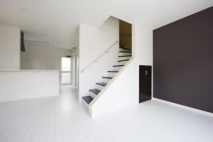 H-2邸 階段