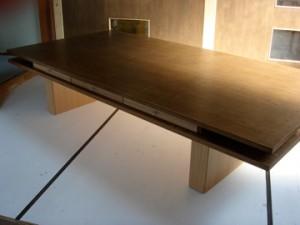 F工作所 テーブル